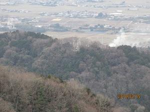 写真3 枳城跡を見る03.jpg