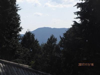 髭山から白猪山を03.jpg